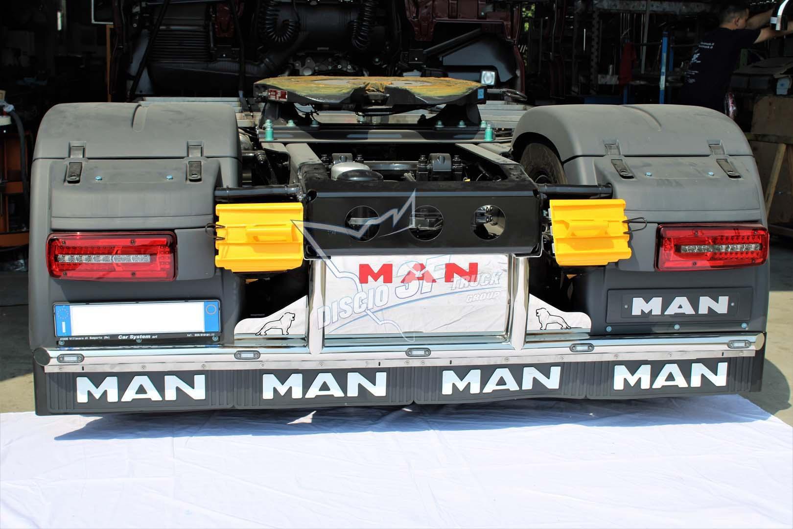 Palo Posteriore, Man E6