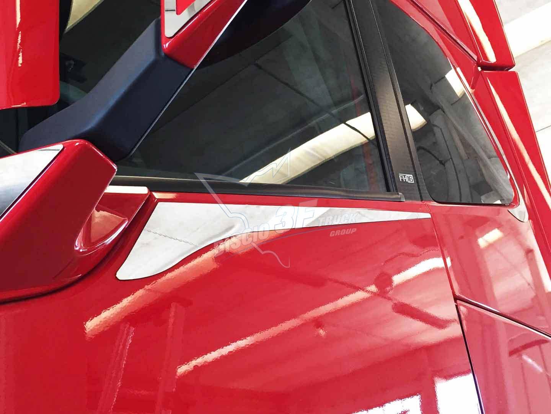 Placche Inferiori Finestrino, Volvo FH4